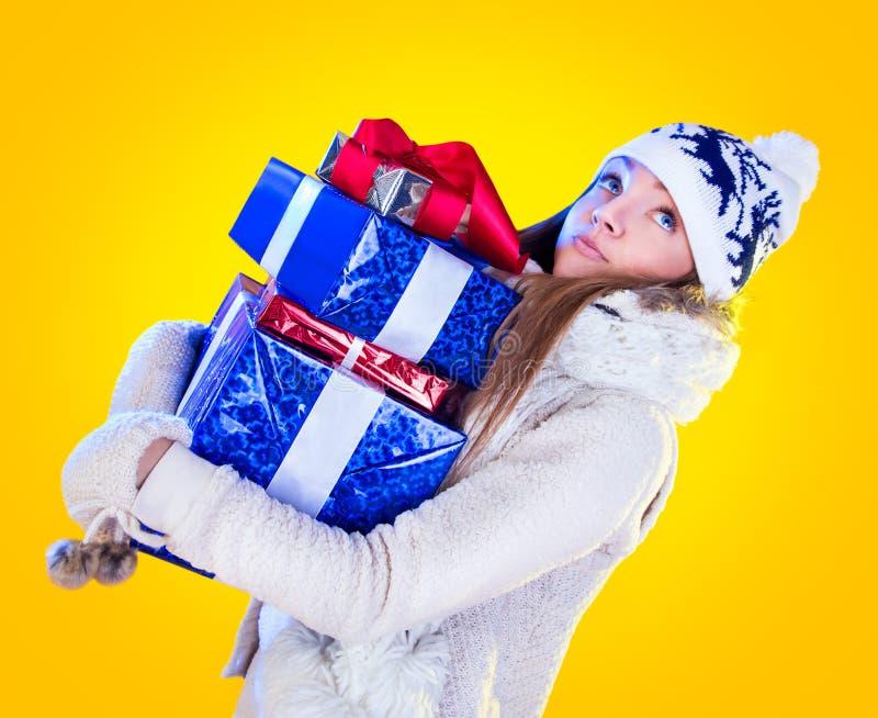 Γυναίκα Χριστουγέννων. Όμορφα νέα έτος και Χριστούγεννα στοκ φωτογραφία με δικαίωμα ελεύθερης χρήσης