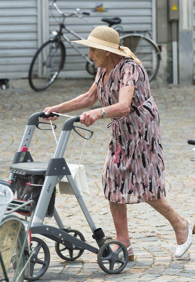 Γυναίκα Eldery στοκ φωτογραφίες