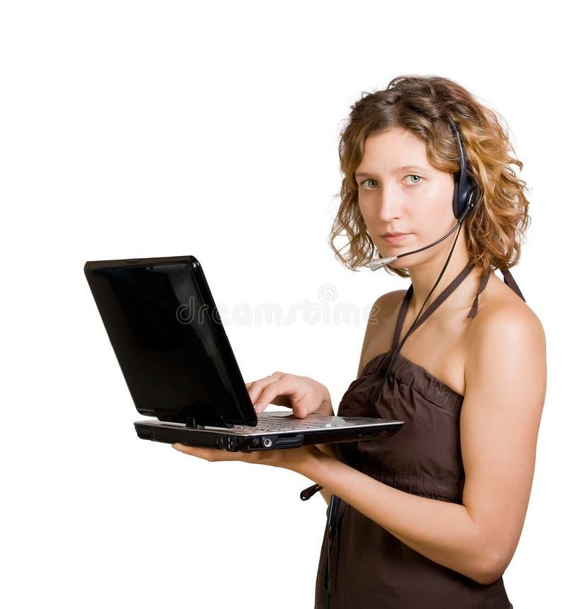 γυναίκα lap-top ακουστικών στοκ φωτογραφία με δικαίωμα ελεύθερης χρήσης