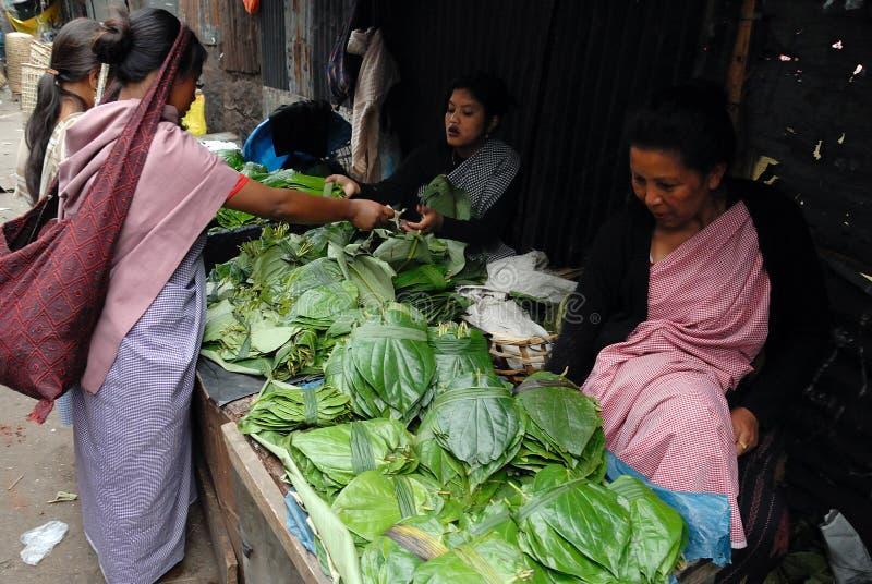 γυναίκες αγοράς της Ινδί&a στοκ εικόνες