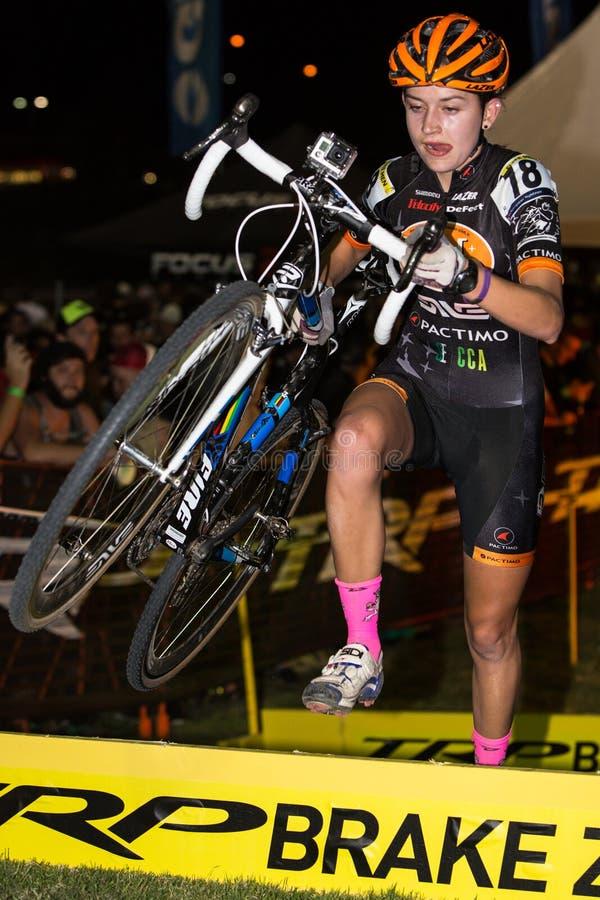 Γυναίκες ελίτ - διαγώνιο Vegas Cyclocross στοκ εικόνες με δικαίωμα ελεύθερης χρήσης