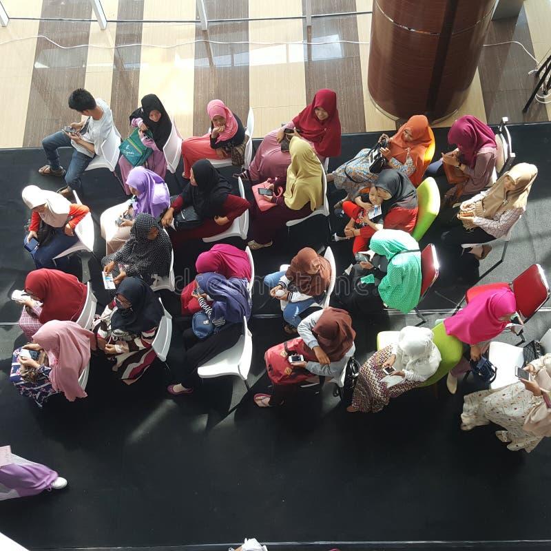 Γυναίκες σε Hijab στοκ φωτογραφία με δικαίωμα ελεύθερης χρήσης