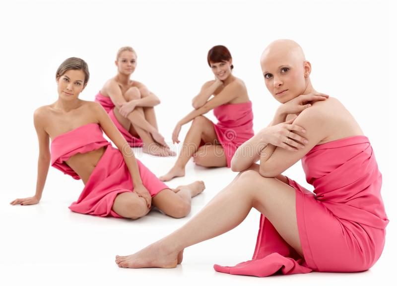 Γυναίκες στο ροζ - καρκίνος του μαστού Awereness στοκ εικόνες