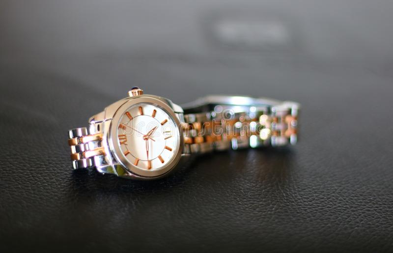 Γυναίκες wristwatch στοκ φωτογραφία με δικαίωμα ελεύθερης χρήσης