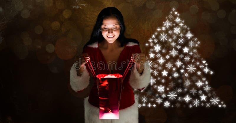 Γυναικών δώρων και Snowflake ανοίγματος μορφή σχεδίων χριστουγεννιάτικων δέντρων στοκ εικόνα