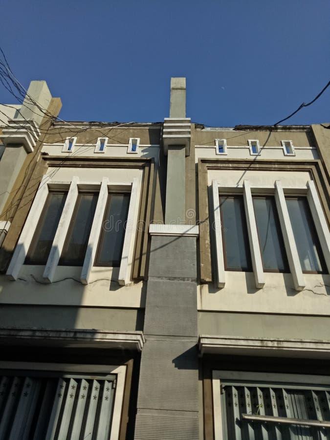 Γωνία λεπτομέρειας της οικοδόμησης του τοίχου σε σύνθετο των καταστημάτων σε Sidoarjo στοκ φωτογραφία με δικαίωμα ελεύθερης χρήσης