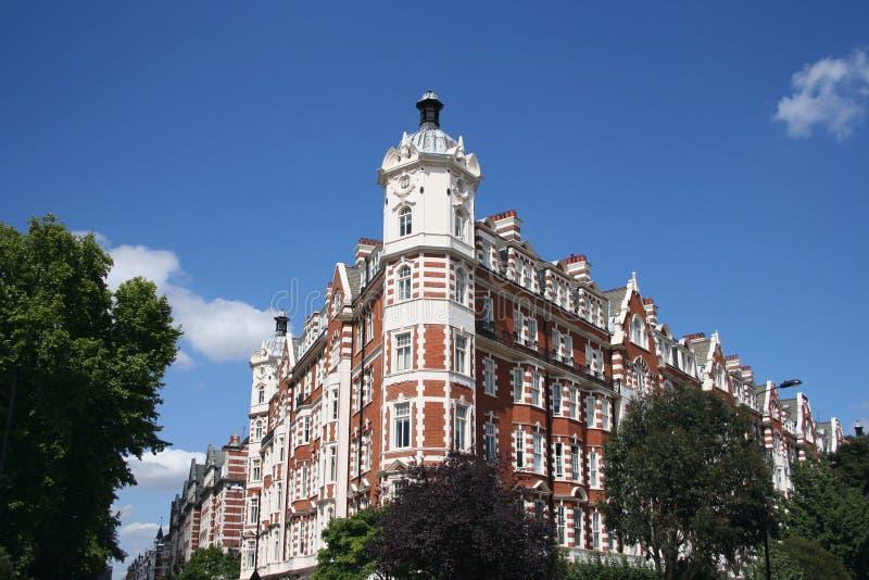 γωνία Λονδίνο οικοδόμηση στοκ εικόνες