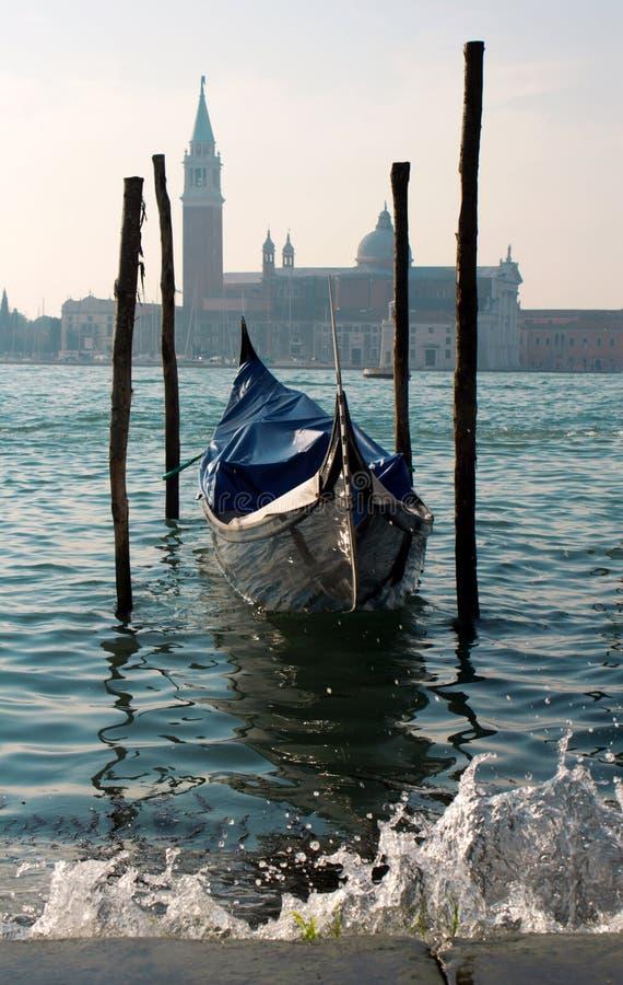 γόνδολα ST Βενετία του Giorgio εκκλησιών στοκ φωτογραφία με δικαίωμα ελεύθερης χρήσης