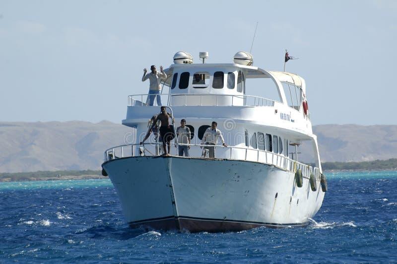Γύρος με το σκάφος τουριστών στη Ερυθρά Θάλασσα, Hurghada, Αίγυπτος στοκ φωτογραφία με δικαίωμα ελεύθερης χρήσης