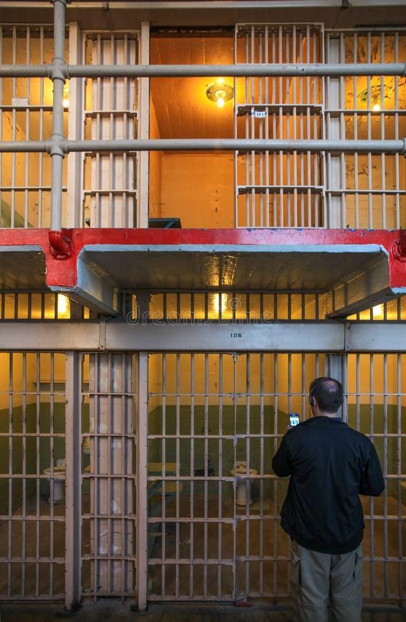 Γύρος Alcatraz των κελί φυλακής γ-φραγμών στοκ εικόνες