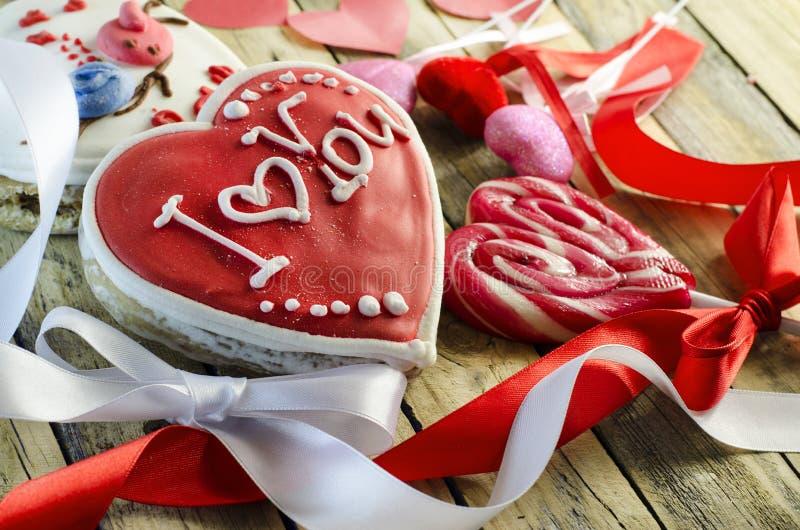 Γλυκά με μορφή μιας καρδιάς στοκ εικόνες