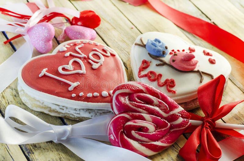 Γλυκά με μορφή μιας καρδιάς στοκ φωτογραφίες