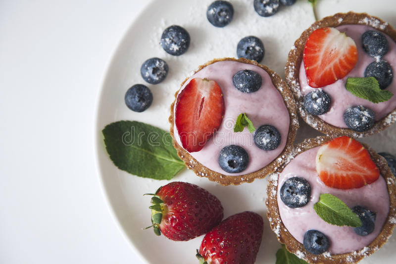 Γλυκά με την κρέμα στοκ εικόνες με δικαίωμα ελεύθερης χρήσης