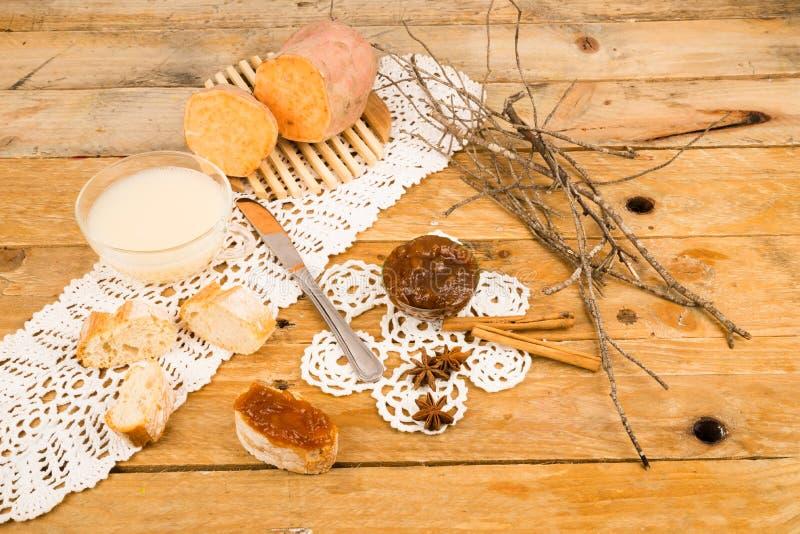 Γλυκιά πατάτα conseve στοκ φωτογραφίες με δικαίωμα ελεύθερης χρήσης