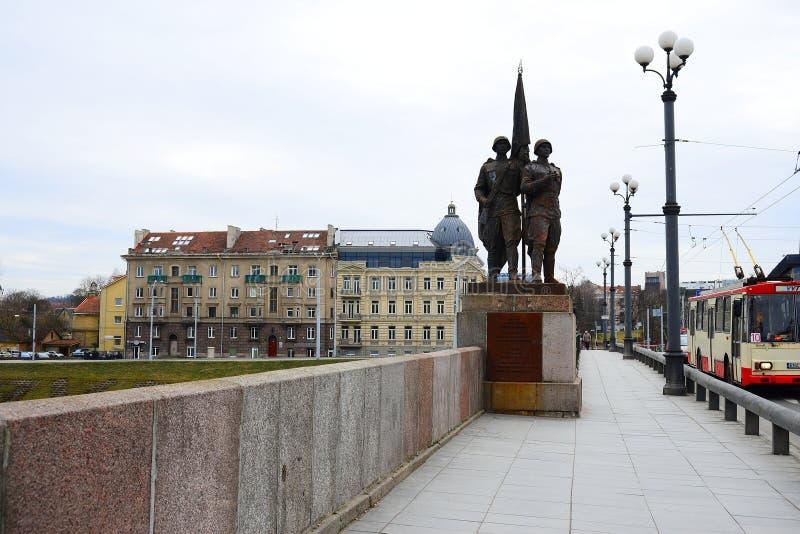 Γλυπτά στην πράσινη γέφυρα που αντιπροσωπεύει τη σοβιετική τέχνη στοκ εικόνες με δικαίωμα ελεύθερης χρήσης