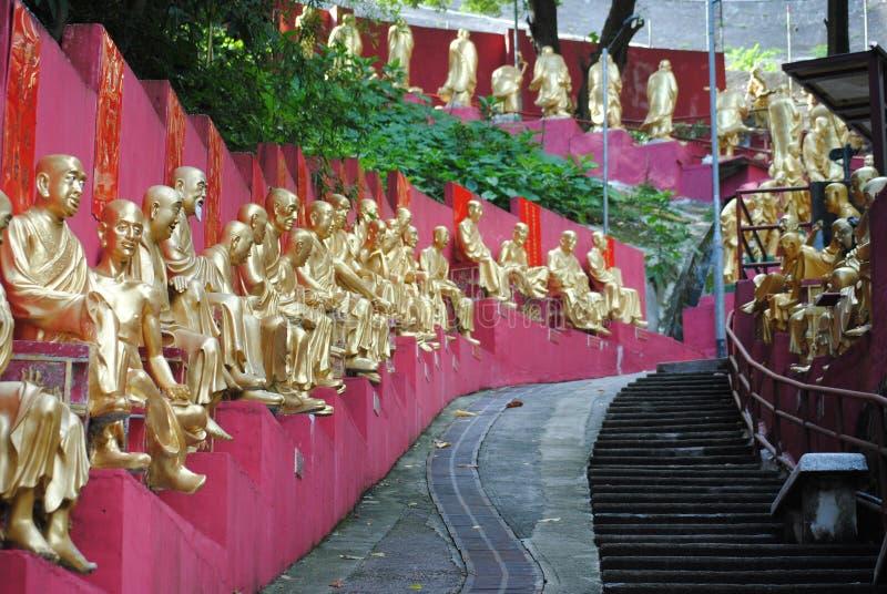 Γλυπτά του μοναστηριού buddhas δέκα χιλιάδων στοκ φωτογραφίες με δικαίωμα ελεύθερης χρήσης