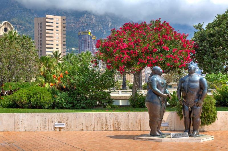 Γλυπτά του Adam και της παραμονής στο Μόντε Κάρλο, Μονακό. στοκ εικόνες