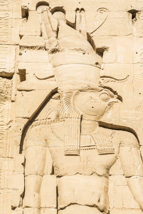 Γλυπτική τοίχων, ο ναός Isis από Philae, Αίγυπτος στοκ φωτογραφία