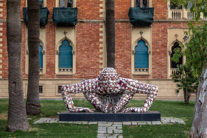 Γλυπτό ατόμων που δημιουργείται από Rabarama Paola Epifani που βρίσκεται στον περίπατο προκυμαιών lungomare - Reggio Καλαβρία, Ιτ στοκ εικόνες με δικαίωμα ελεύθερης χρήσης