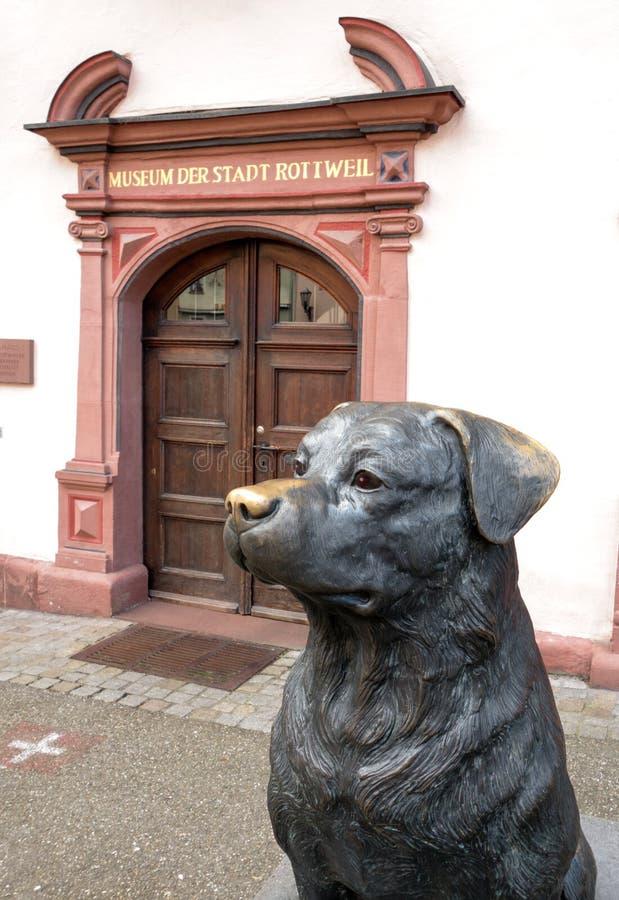 Γλυπτό ενός Rottweiler σε Rottweil στοκ φωτογραφία με δικαίωμα ελεύθερης χρήσης
