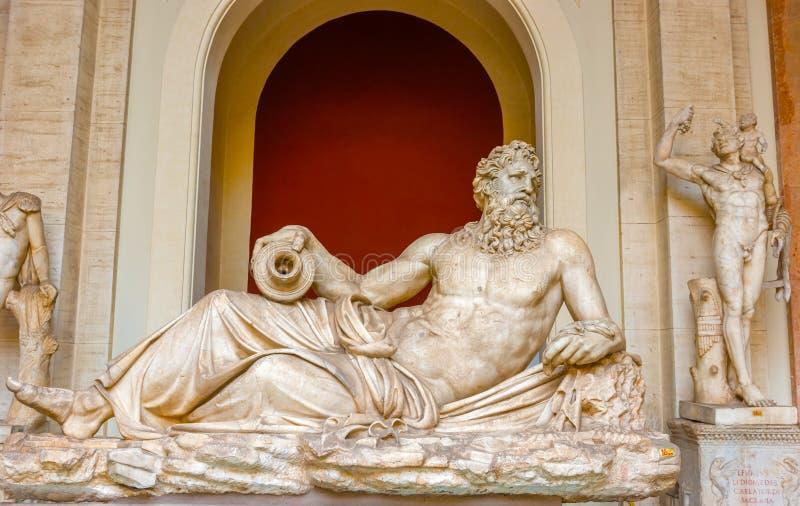 Γλυπτό Tiber ποταμών, μουσείο Βατικάνου, πόλη του Βατικανού στοκ εικόνα με δικαίωμα ελεύθερης χρήσης