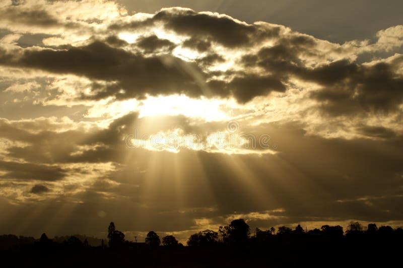 Δάχτυλα ήλιου στοκ εικόνα