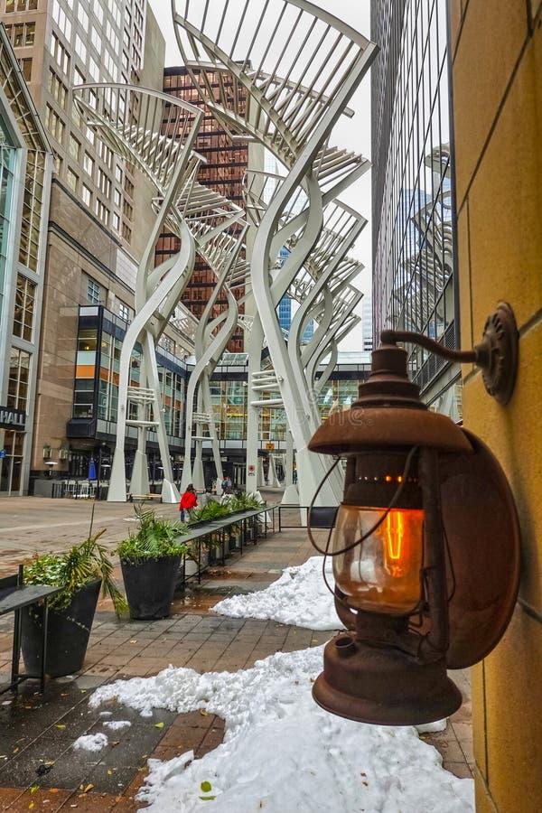 Δέντρα Galleria, τέχνη στο Κάλγκαρι, Καναδάς στοκ φωτογραφία με δικαίωμα ελεύθερης χρήσης