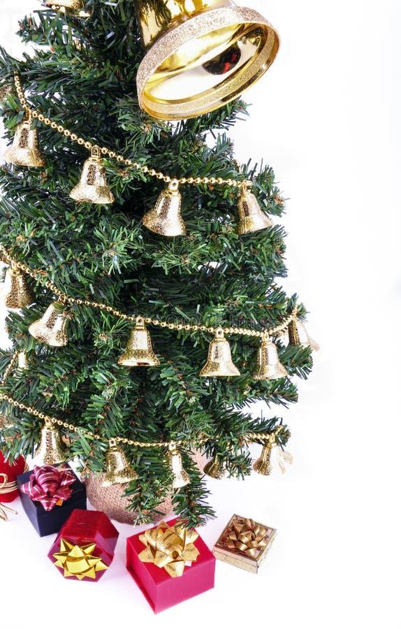 Δέντρο και δώρα Noel στοκ εικόνες με δικαίωμα ελεύθερης χρήσης