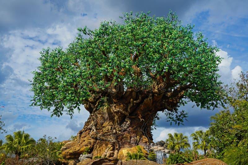 Δέντρο παγκόσμιων ζωικών βασίλειων της Disney Walt της ζωής στοκ φωτογραφία με δικαίωμα ελεύθερης χρήσης