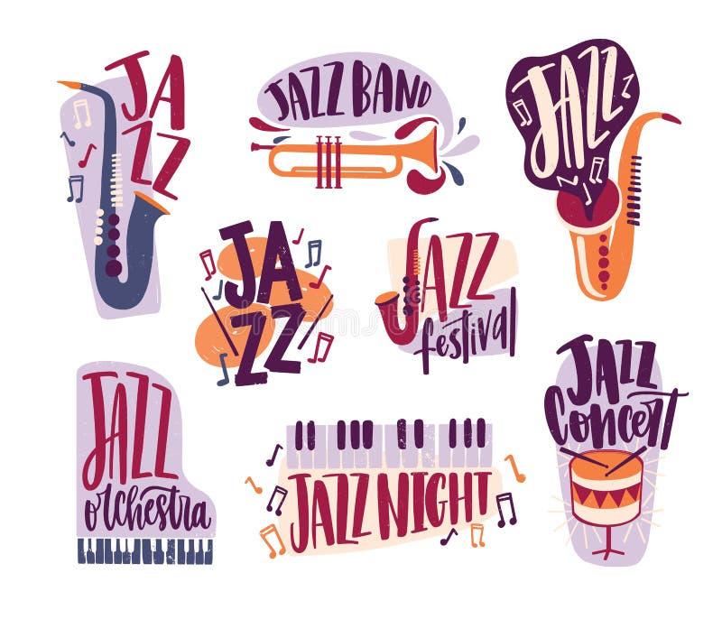 Δέσμη των επιγραφών μουσικής τζαζ χειρόγραφων με την κομψή πηγή και που διακοσμούν τα διάφορα μουσικά όργανα που απομονώνονται με διανυσματική απεικόνιση