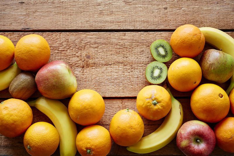 Δέσμη των οργανικών φρούτων στοκ εικόνες με δικαίωμα ελεύθερης χρήσης
