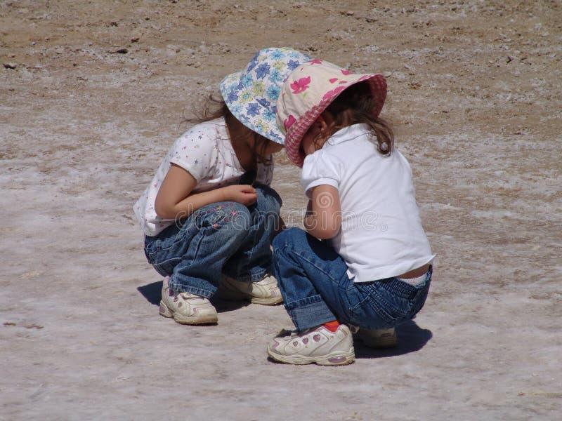 Download δίδυμα στοκ εικόνα. εικόνα από ηλιόλουστος, καπέλα, έρημος - 101001