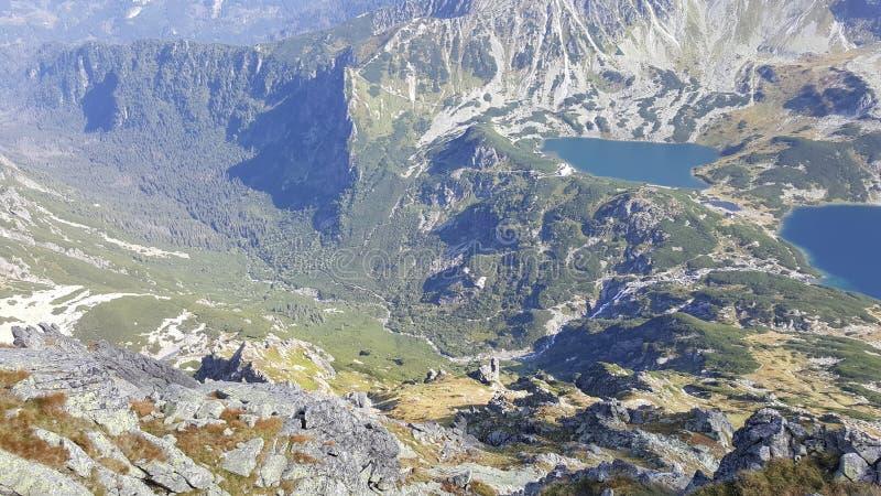 Δίδυμες λίμνες βουνών στοκ φωτογραφίες