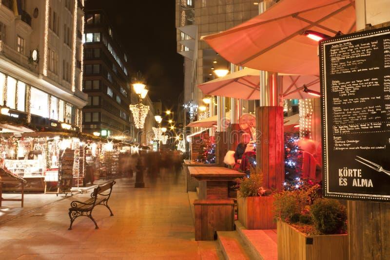 Δίκαιες στάσεις Χριστουγέννων στη Βουδαπέστη στοκ εικόνες με δικαίωμα ελεύθερης χρήσης