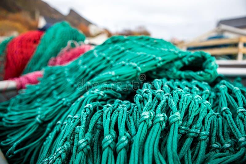 Δίχτια του ψαρέματος και επιπλέοντα σώματα στοκ φωτογραφίες