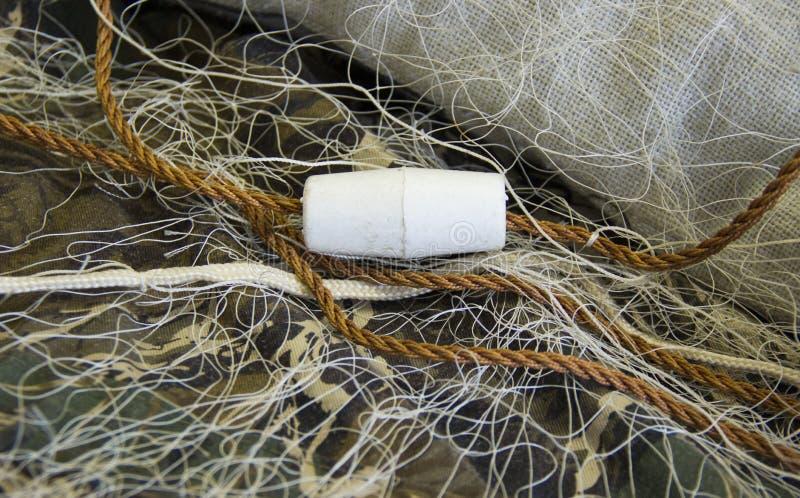 Δίχτυ του ψαρέματος με τα επιπλέοντα σώματα στοκ φωτογραφίες