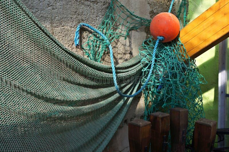 Δίχτυ του ψαρέματος σε έναν τοίχο στοκ φωτογραφία με δικαίωμα ελεύθερης χρήσης