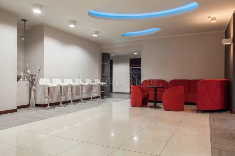 Δασόβιο ξενοδοχείο - αίθουσα αναμονής στοκ εικόνες