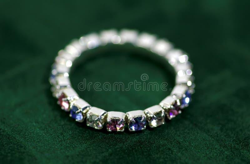 Download δαχτυλίδι στοκ εικόνα. εικόνα από ρουμπίνι, αξία, χρυσός - 60347