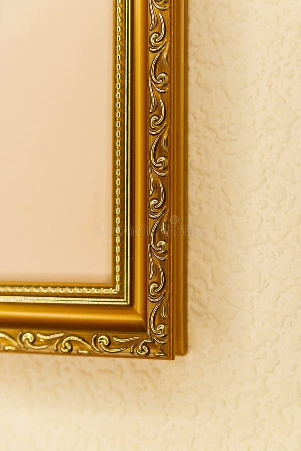 Δείγματα των τεμαχίων των ξύλινων πλαισίων για τις εικόνες στοκ εικόνες με δικαίωμα ελεύθερης χρήσης