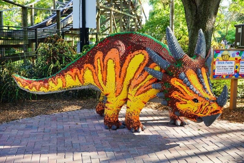 Δεινόσαυρος Lego σε Legoland Φλώριδα στοκ εικόνες με δικαίωμα ελεύθερης χρήσης