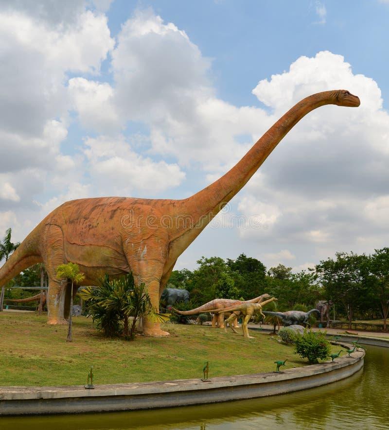 Δεινόσαυρος Mamenchisaurus στοκ φωτογραφία