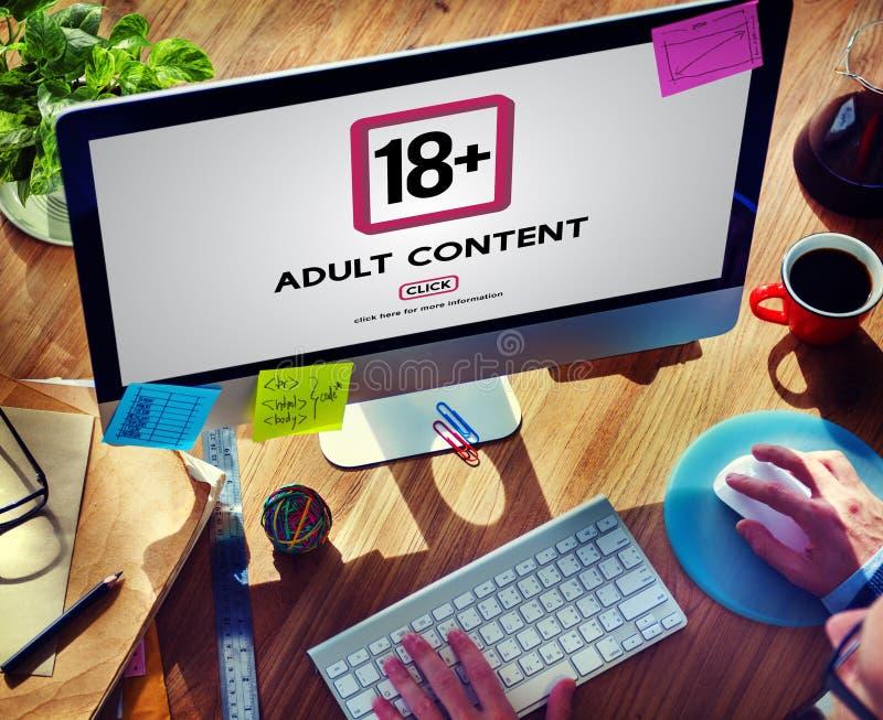 Δεκαοχτώ συν την ενήλικη ρητή ικανοποιημένη προειδοποίηση στοκ εικόνες με δικαίωμα ελεύθερης χρήσης