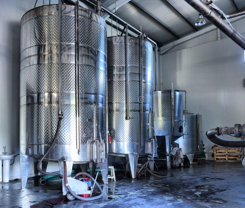 Δεξαμενές κρασιού ανοξείδωτου στοκ φωτογραφίες