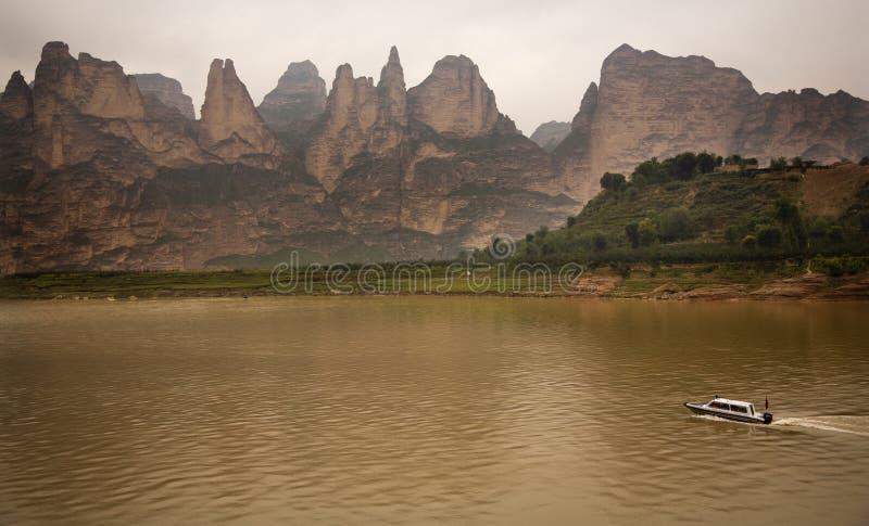 δεξαμενή liujiaxia gansu της Κίνας φαρ&alp στοκ φωτογραφίες