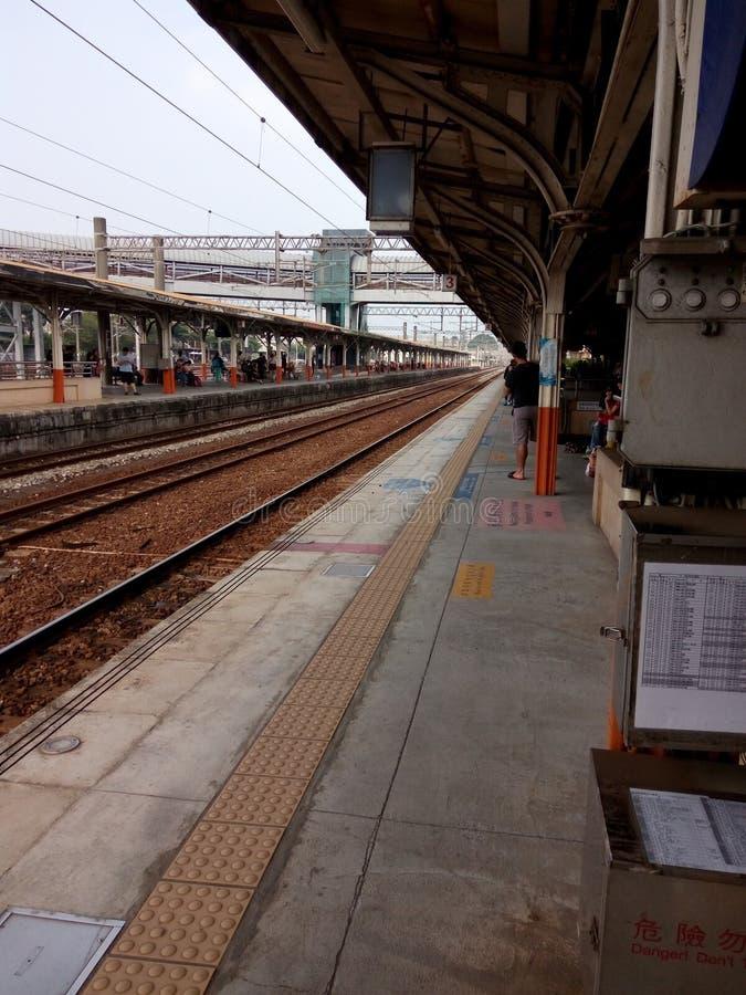 Δευτερεύουσα πλατφόρμα, σταθμός Chiayi, στην Ταϊβάν στοκ εικόνα