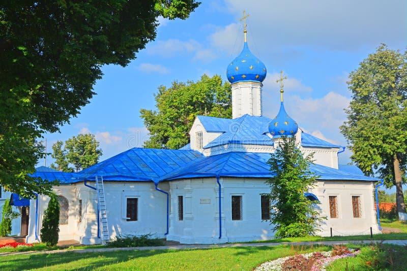 Δευτερεύουσα πρόσοψη της εκκλησίας Vvedenskaya στη μονή Feodorovsky σε pereslavl-Zalessky, Ρωσία στοκ φωτογραφία με δικαίωμα ελεύθερης χρήσης