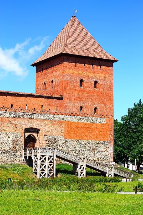 Δευτερεύουσα πύλη στο μεσαιωνικό φρούριο στοκ εικόνα