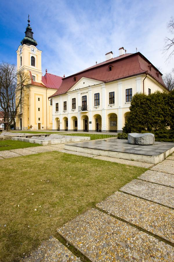 Δημαρχείο με το μουσείο, Brezno, Σλοβακία στοκ φωτογραφίες