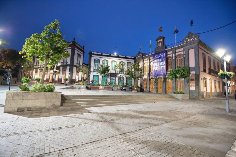 Δημαρχείο στο σούρουπο Arucas στην αρχαία τουριστική πόλη, θλγραν θλθαναρηα, Ισπανία στις 2 Δεκεμβρίου 2015 στοκ εικόνες